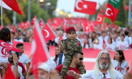 Antalya'da 'Milli Birlik Yürüyüşü'