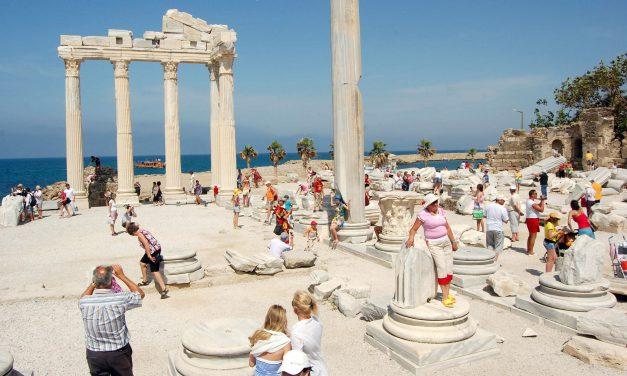 İkinci Çeyrekteki Turizm Geliri Yüzde 30 Arttı
