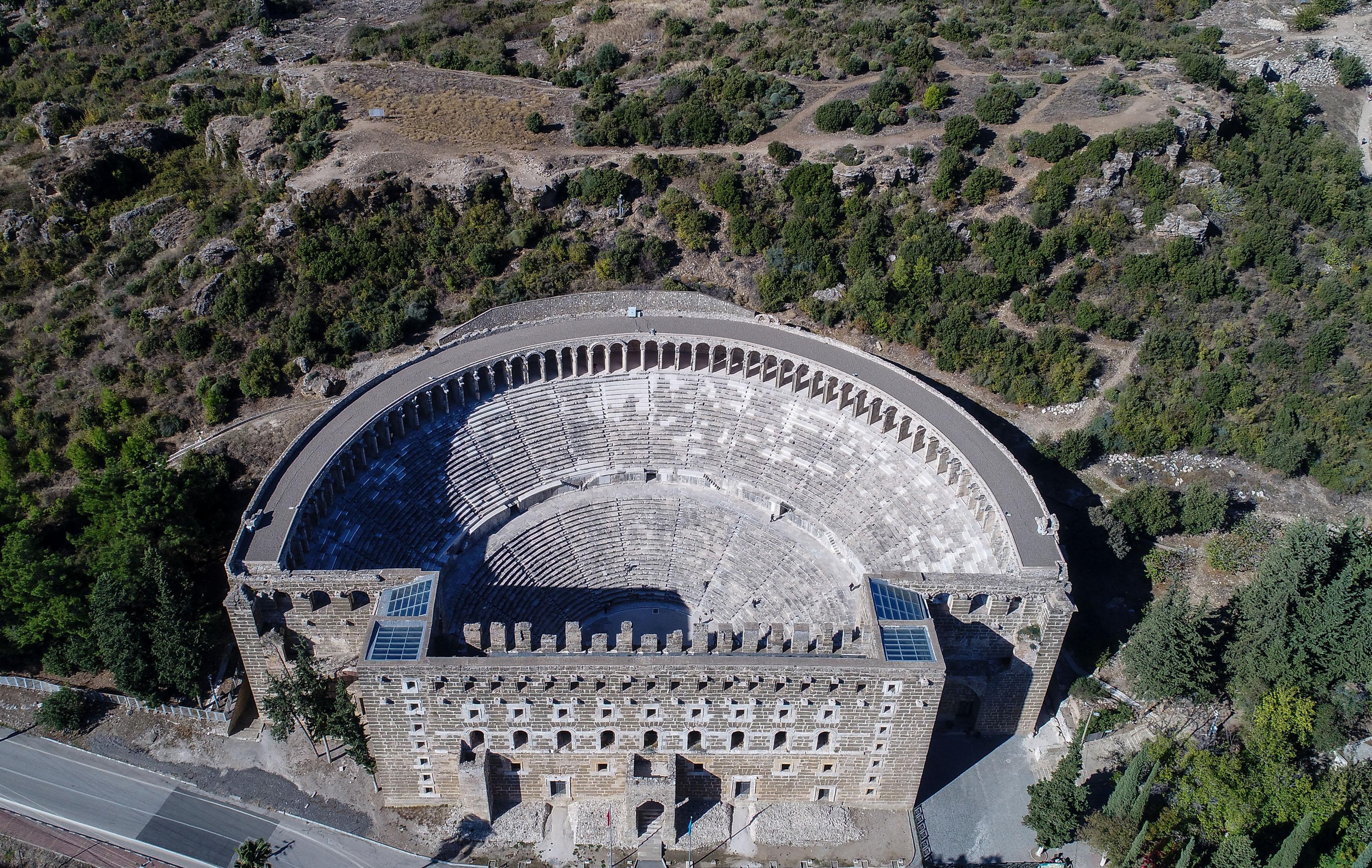 Aspendos Antik Kenti Etkinlikleri : Aspendos antik kenti antalya gezi sitesi