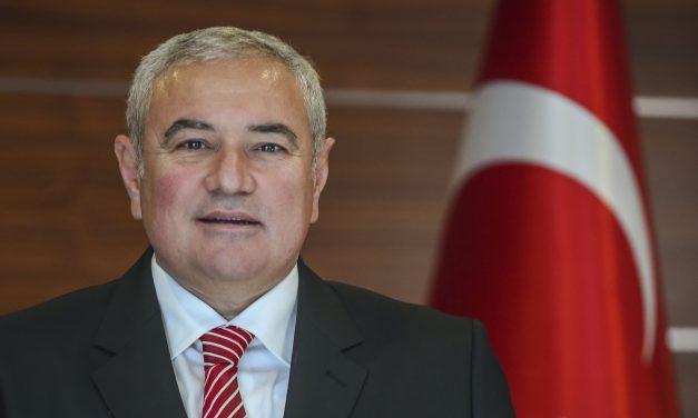 """ATSO Başkanı Davut Çetin: """"Ülkemizi ileriye taşıyacak güç gençliktedir"""""""