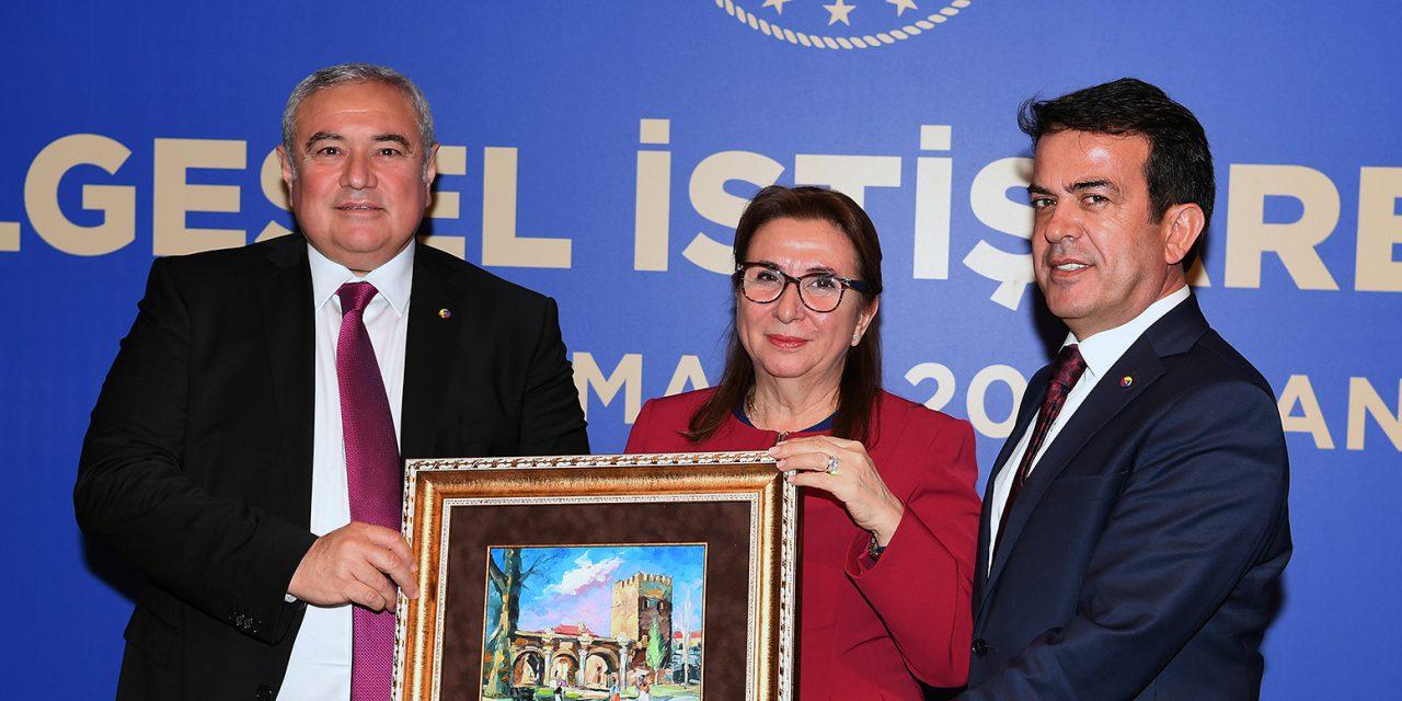 Ticaret Bakanı Ruhsar Pekcan ATSO'da Antalya İş dünyası ile Buluştu