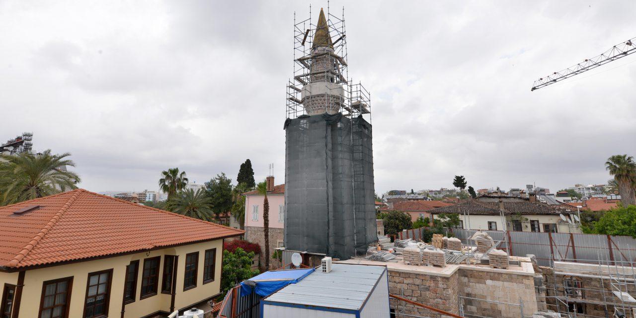 Artık 'kesik minare' değil