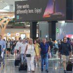 Türkiye'de havalimanlarından 6 ayda 94,8 milyon yolcu geçiş yaptı