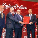 Bakan Çavuşoğlu'dan ATSO'ya Kızılay Plaketi
