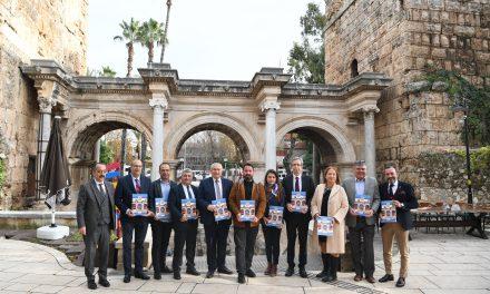 Kongre turizmi için Hadrian Kapısı'ndan çağrı